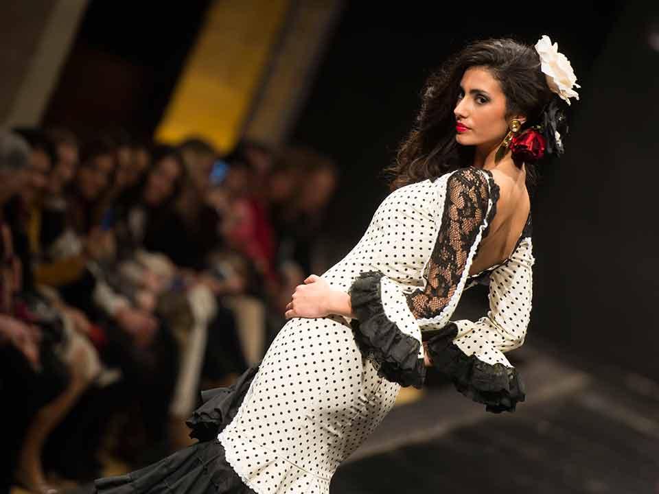 alquilar-trajes-feria-flamenca